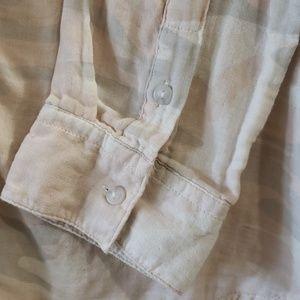 Sanctuary Tops - Sanctuary Favorite Boyfriend Cotton Shirt in Camo